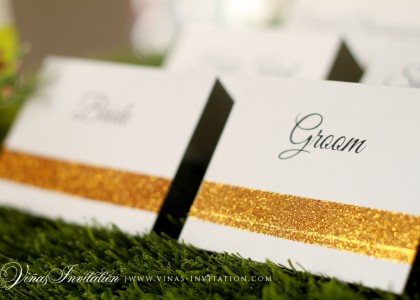 Bride & Groom Gold Glitter Place Card