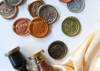 we provide wax seals in any colors